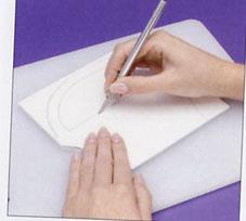 طريقة عمل سلة ورد من الفلين بالصور،سلة ورد من الفلين،عمل فني يدوي بالصور panier carton fleurs 2.jpg