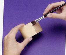 طريقة عمل سلة ورد من الفلين بالصور،سلة ورد من الفلين،عمل فني يدوي بالصور panier carton leur 4.jpg